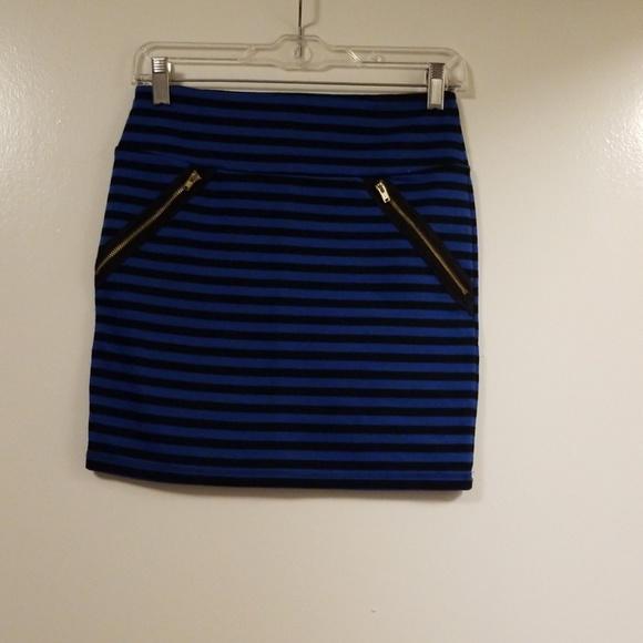 Xhilaration Dresses & Skirts - Blue striped skirt